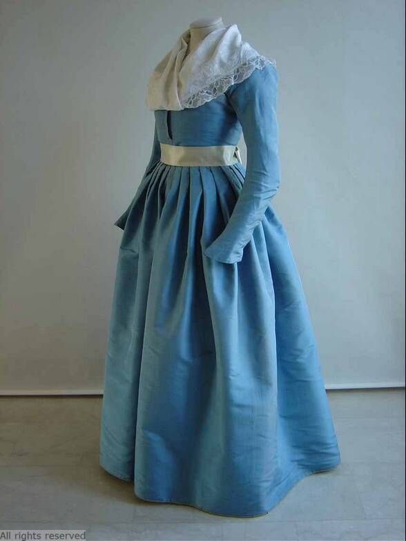What Is Currently On My Inspiration Board: 1780\'s Round Gowns ...